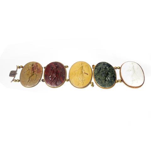 A vari-coloured hardstone cameo bracelet