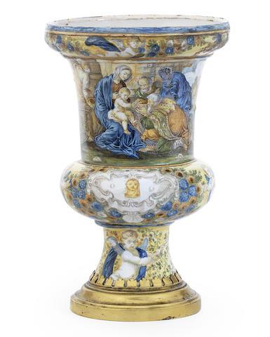 A Castelli maiolica vase