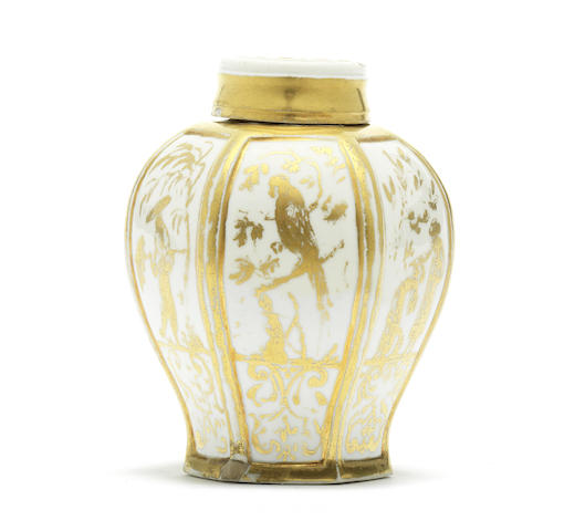A Meissen Hausmaler tea canister and cover