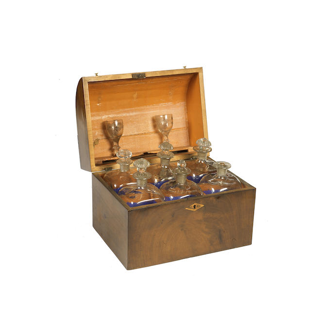 A 19th century mahogany decanter box