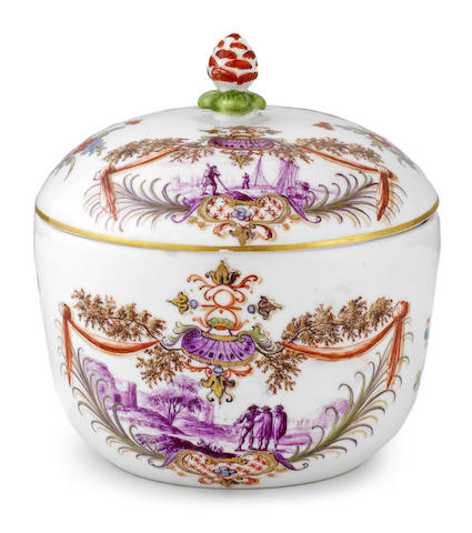 A Meissen sugar bowl and cover