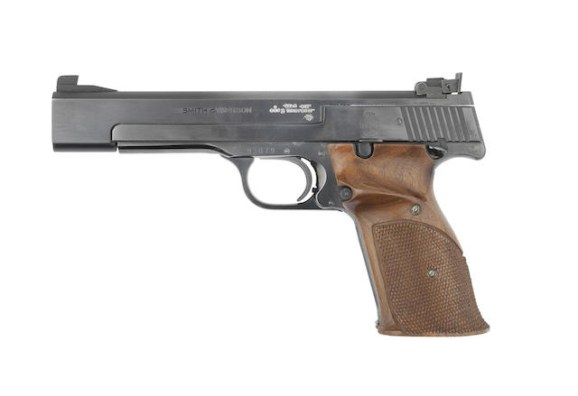 A .22(L.R.) 'Model 41' target pistol by Smith & Wesson