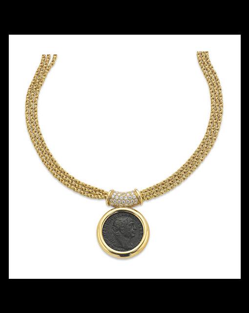 A Roman coin pendant necklace, Italian