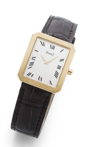 Piaget. An 18K gold manual wind wristwatch