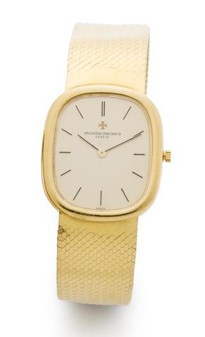 Vacheron Constantin. An 18K gold manual wind bracelet watch