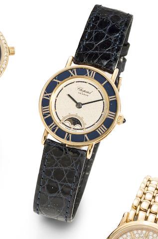 Chopard. An 18K gold quartz wristwatch with moon phase