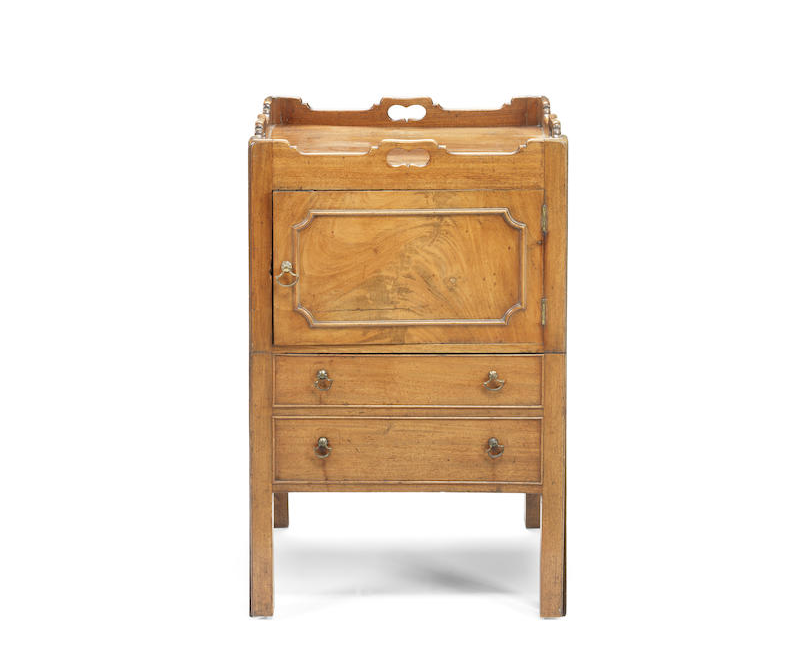 A George III mahogany tray top commode