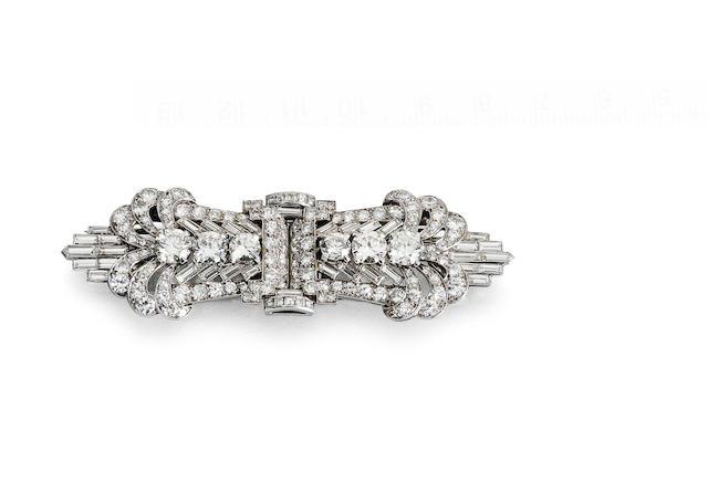 n Art Deco diamond double-clip/brooch