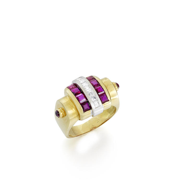 A gem set dress ring