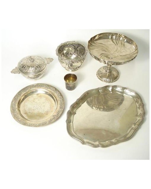 A russian beaker cup, a covered bowl and matching plate, a tazza an oval dish and an embossed bowl (6)