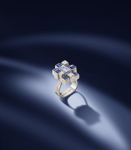 A fancy grayish blue diamond ring