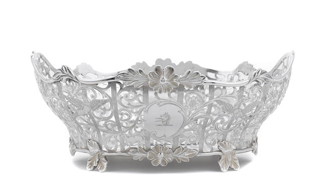 An Edward VII sterling silver reticulated oval footed centerpiece bowl