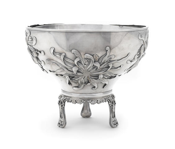 A Japanese silver floral-decorated footed bowl