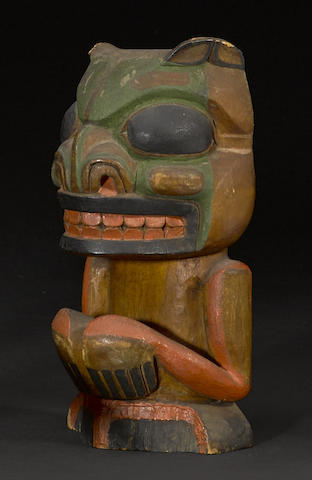 A Tlingit figure of a bear