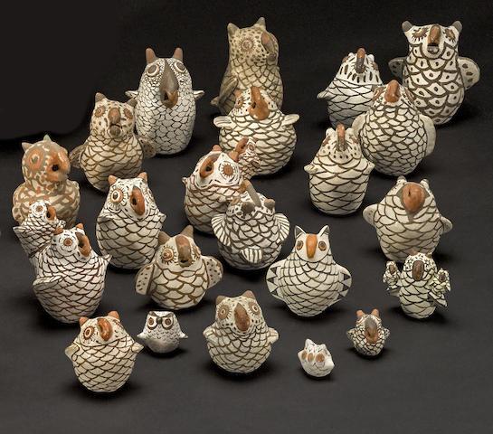 A collection of Pueblo miniature owls