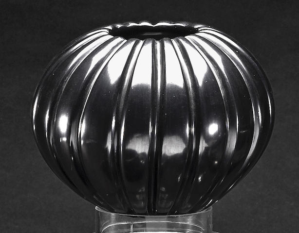 A Santa Clara blackware melon jar