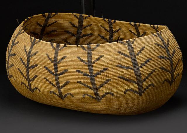 A Yokuts oval basket