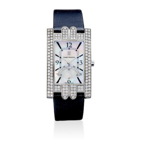 An 18K white gold and diamond Avenue wristwatch