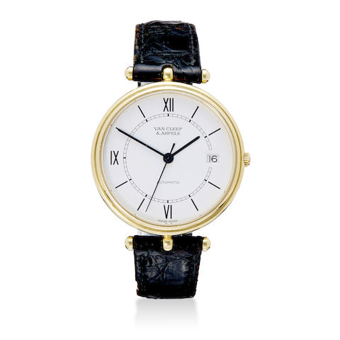 A fine 18K gold automatic wristwatch with center seconds and date