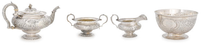 Four Irish Georgian sterling silver table articles