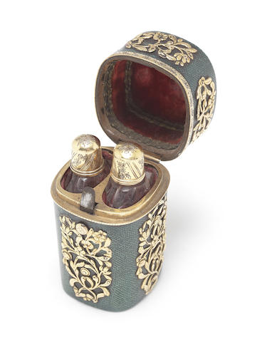 A late 18th century gold mounted double scent bottle case