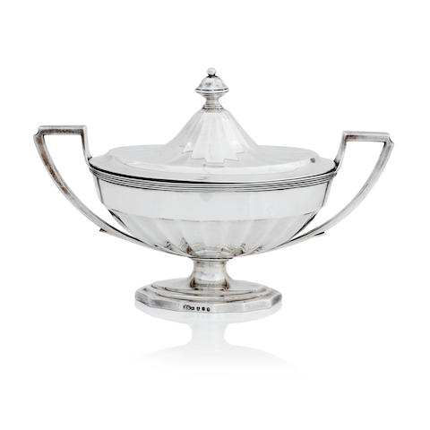 A George III silver sauce tureen and cover