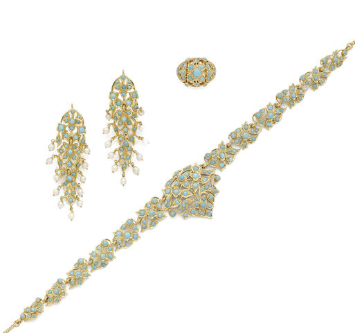 A cultured pearl and turquoise suite