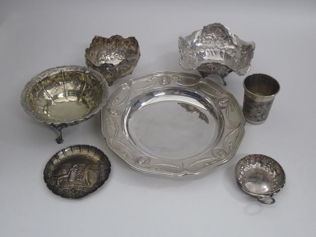 A Russian silver and niello beaker