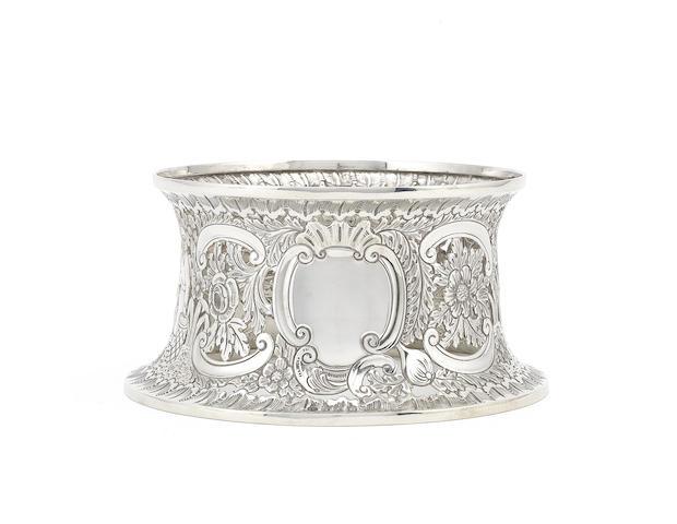 An Edwardian Irish silver dish ring