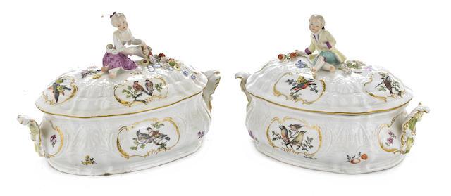 A pair of Meissen porcelain tureens