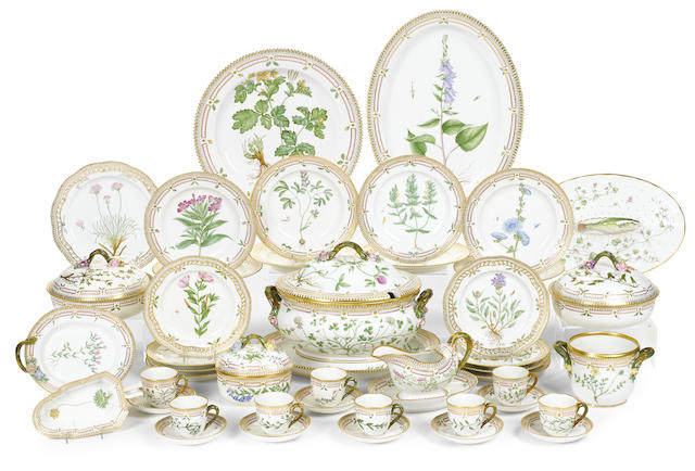 A Royal Copenhagen porcelain Flora Danica dinner service