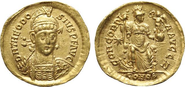 Eastern Roman Empire, Theodosius II, AV Solidus, 402-450 A.D. Choice AU, Graffiti NGC