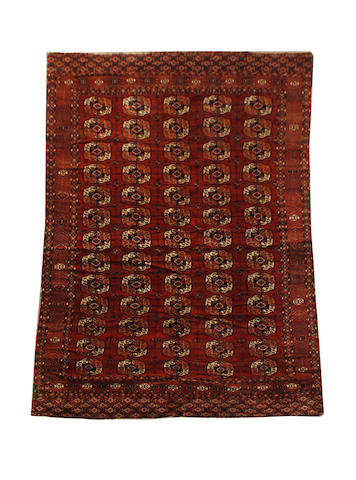 Tekke carpet