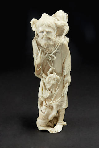 An ivory model of Gamma Sen'nin