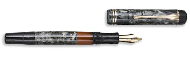 MONTBLANC: Meisterstück No. 234 1/2 Green Marbled Celluloid Fountain Pen