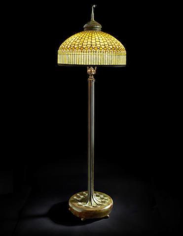 Curtain Border Floor Lamp