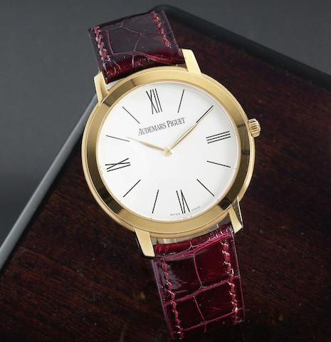 An 18K rose gold manual wind wristwatch