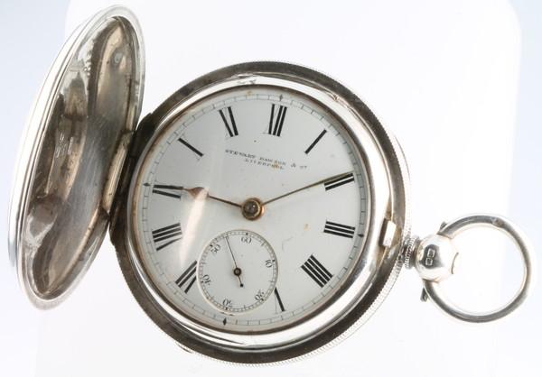 An Edwardian silver hunter pocket watch