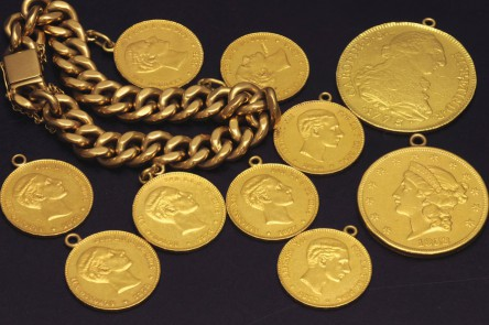 Yellow gold bracelet 28 K with three coins Alfonso XII