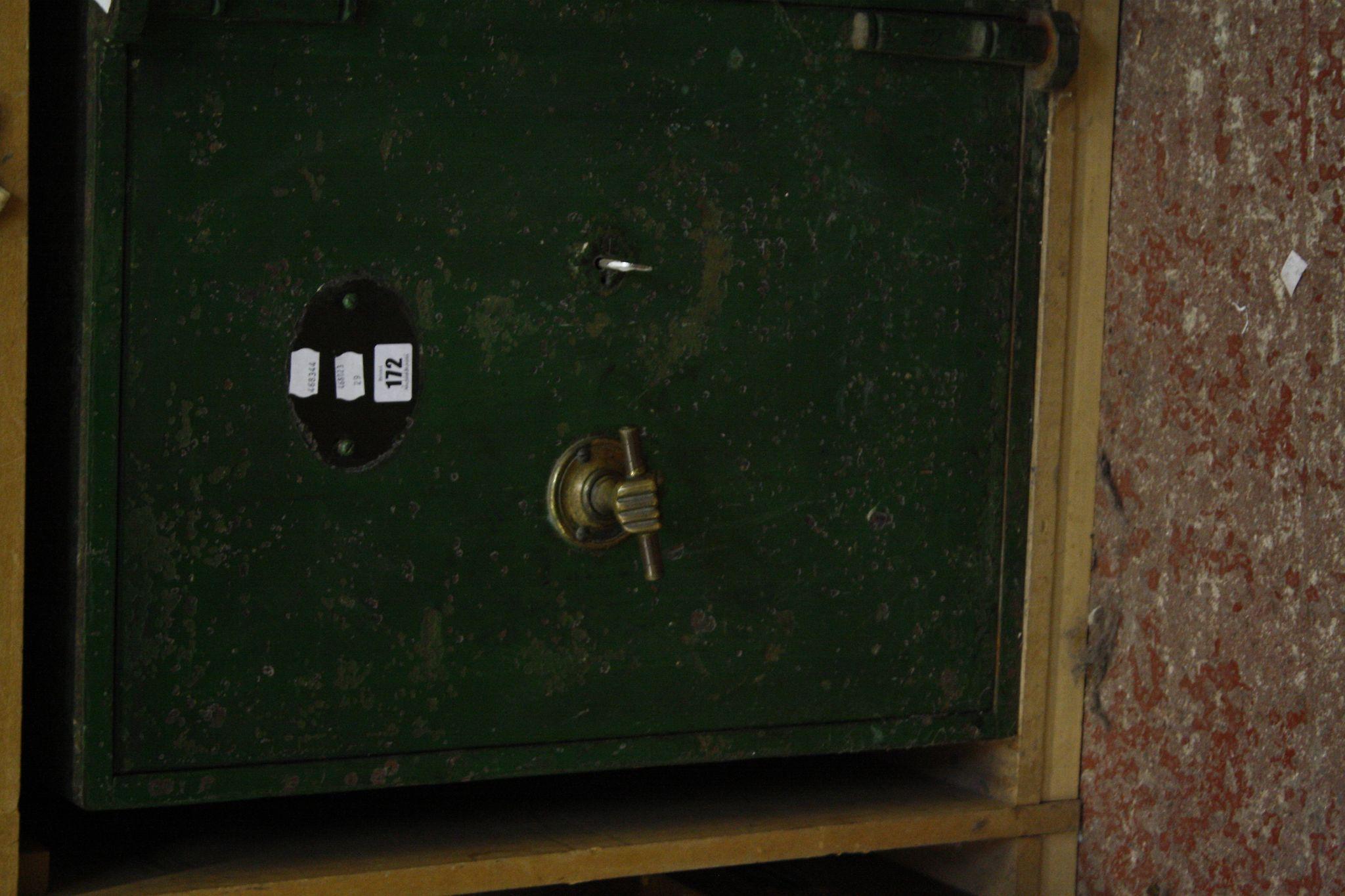 A floor safe