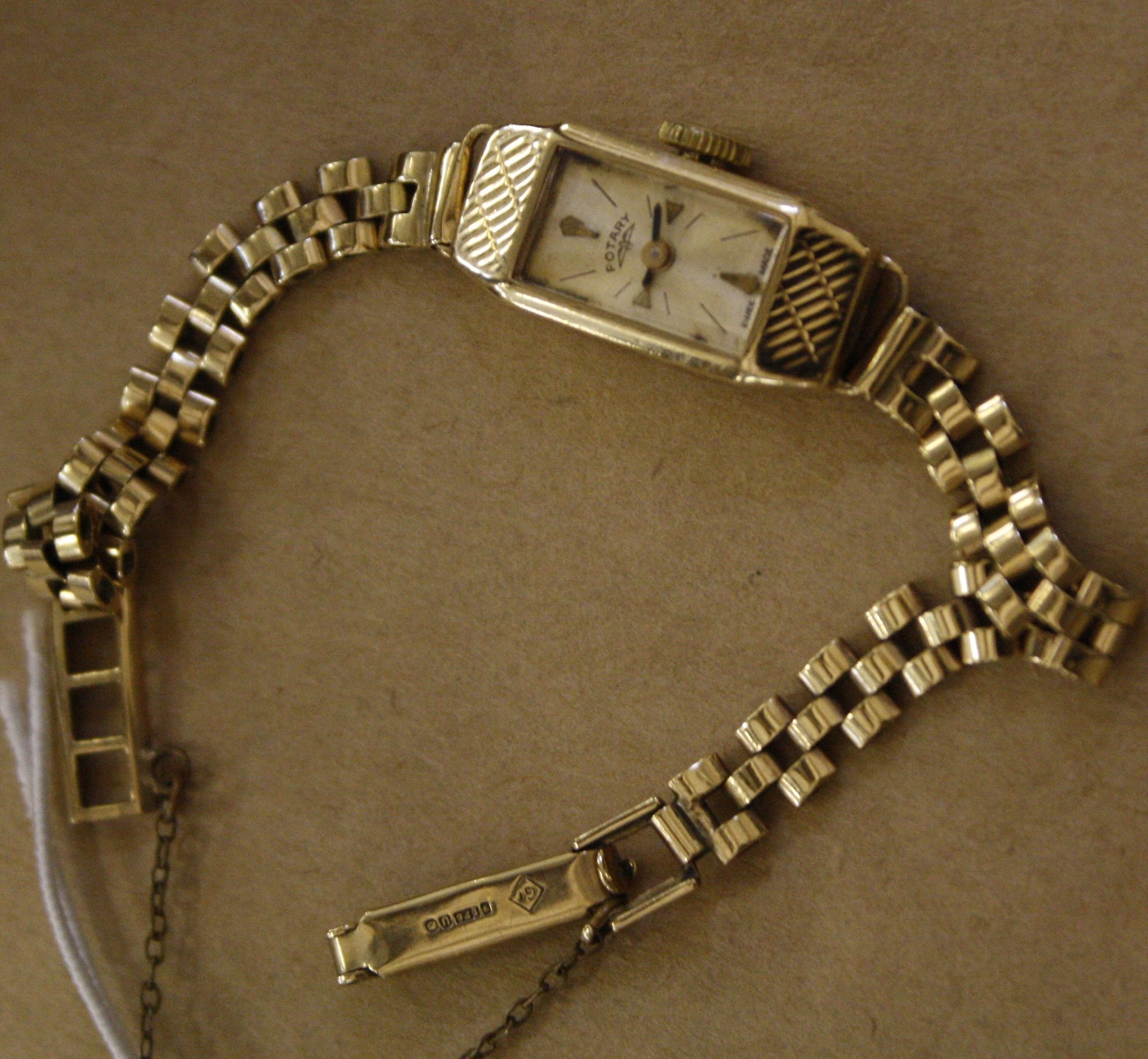 A Rotary 9ct gold ladies wristwatch