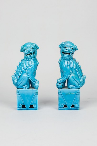 Fu lions couple in turquoise porcelain