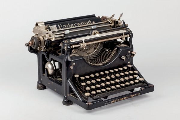 Mark Underwood Typewriter Typewriter Standard Model. Ancient