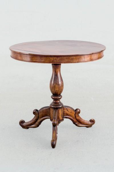 Isabelino night table