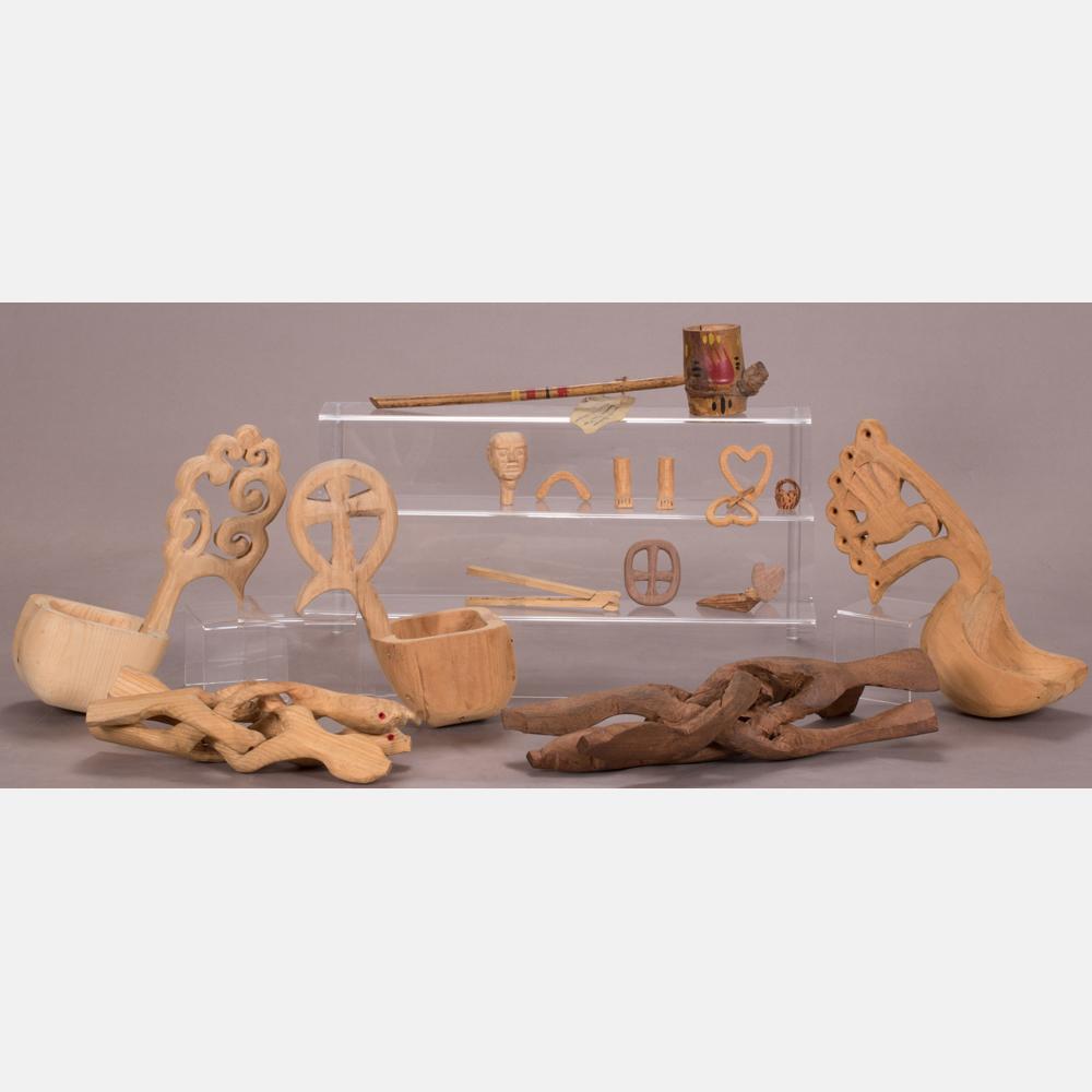 Sixteen Decorative Items