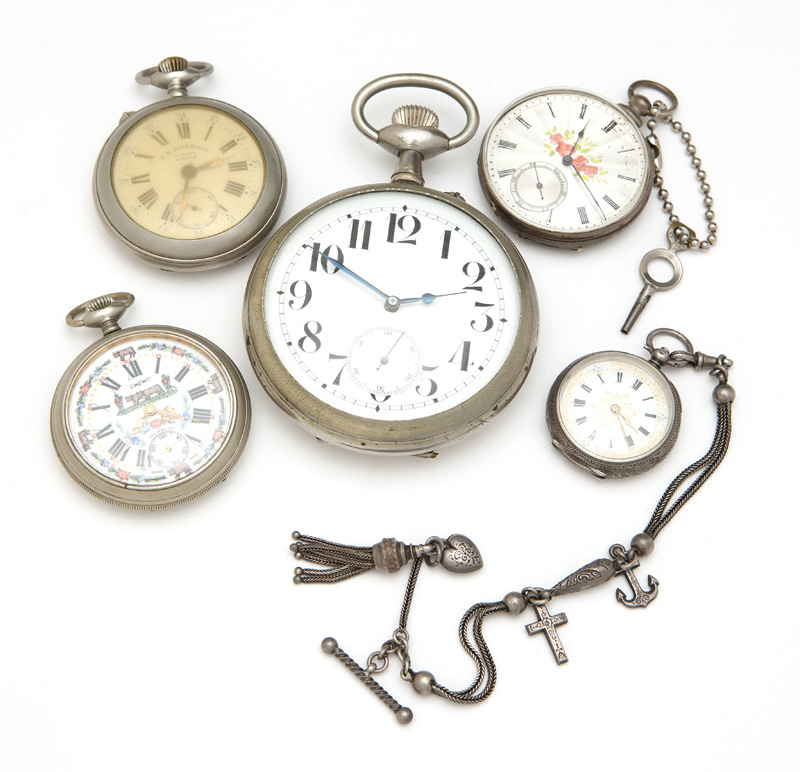 A group of 5 pocket watches