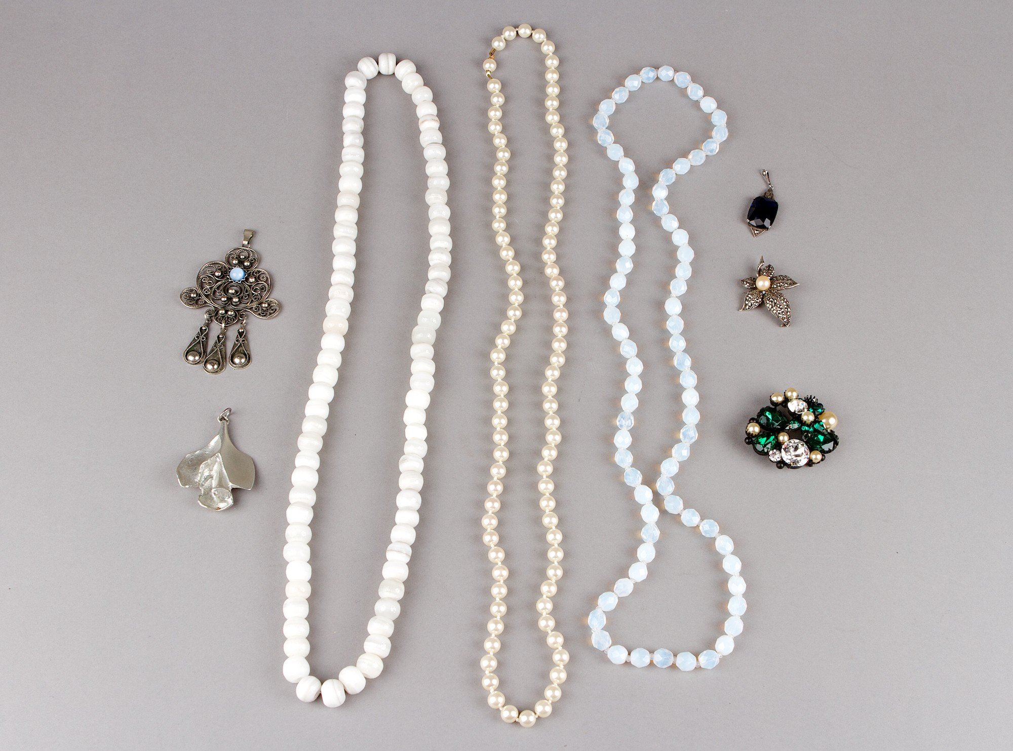 A set of jewelry
