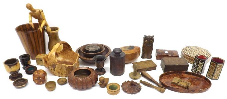 Collection of various treen ware to include olive wood basket, artist's dummy, various exotic bowls and boxes etc