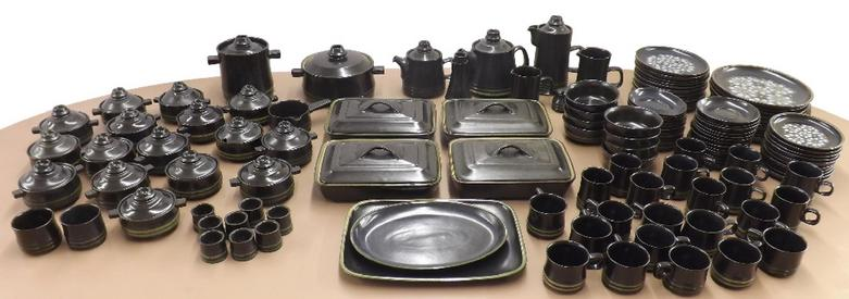 Comprehensive and extensive Denby 'Bokhara' tea and dinner service