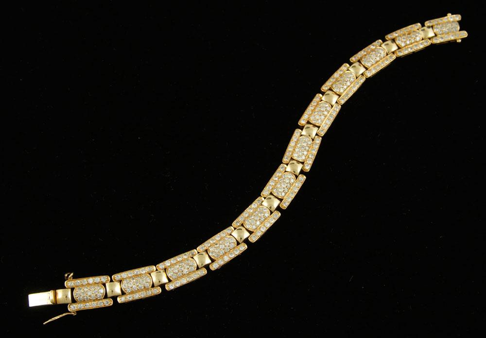 14K yellow gold and diamond bracelet